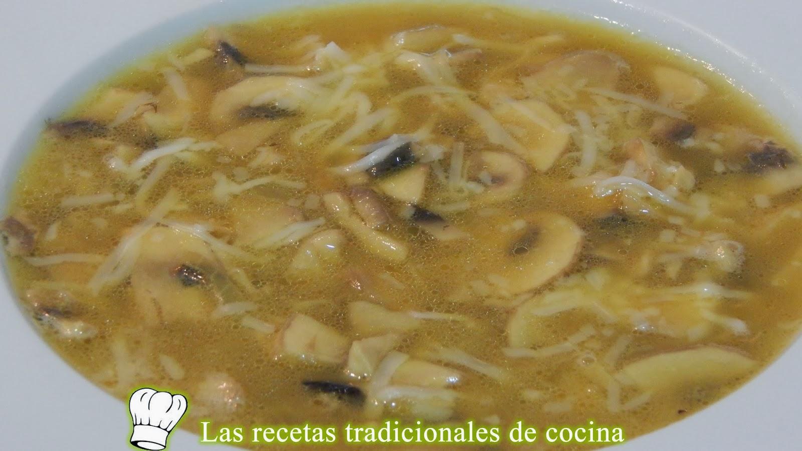 Receta fácil de sopa de champiñones