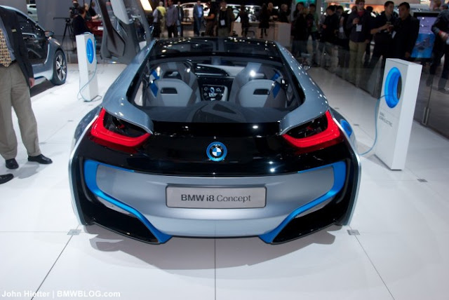 BMW presented New Concept at Auto Show