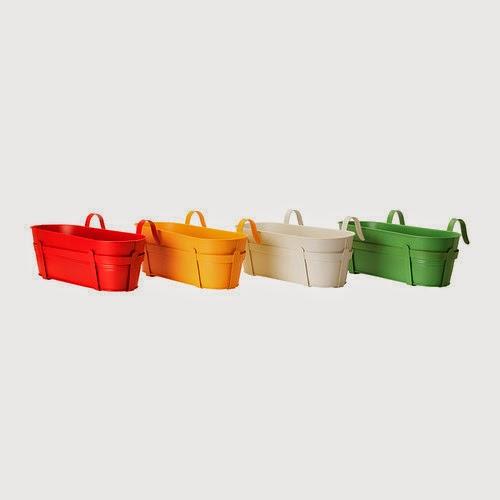 Macetas para balcones de colores de Ikea