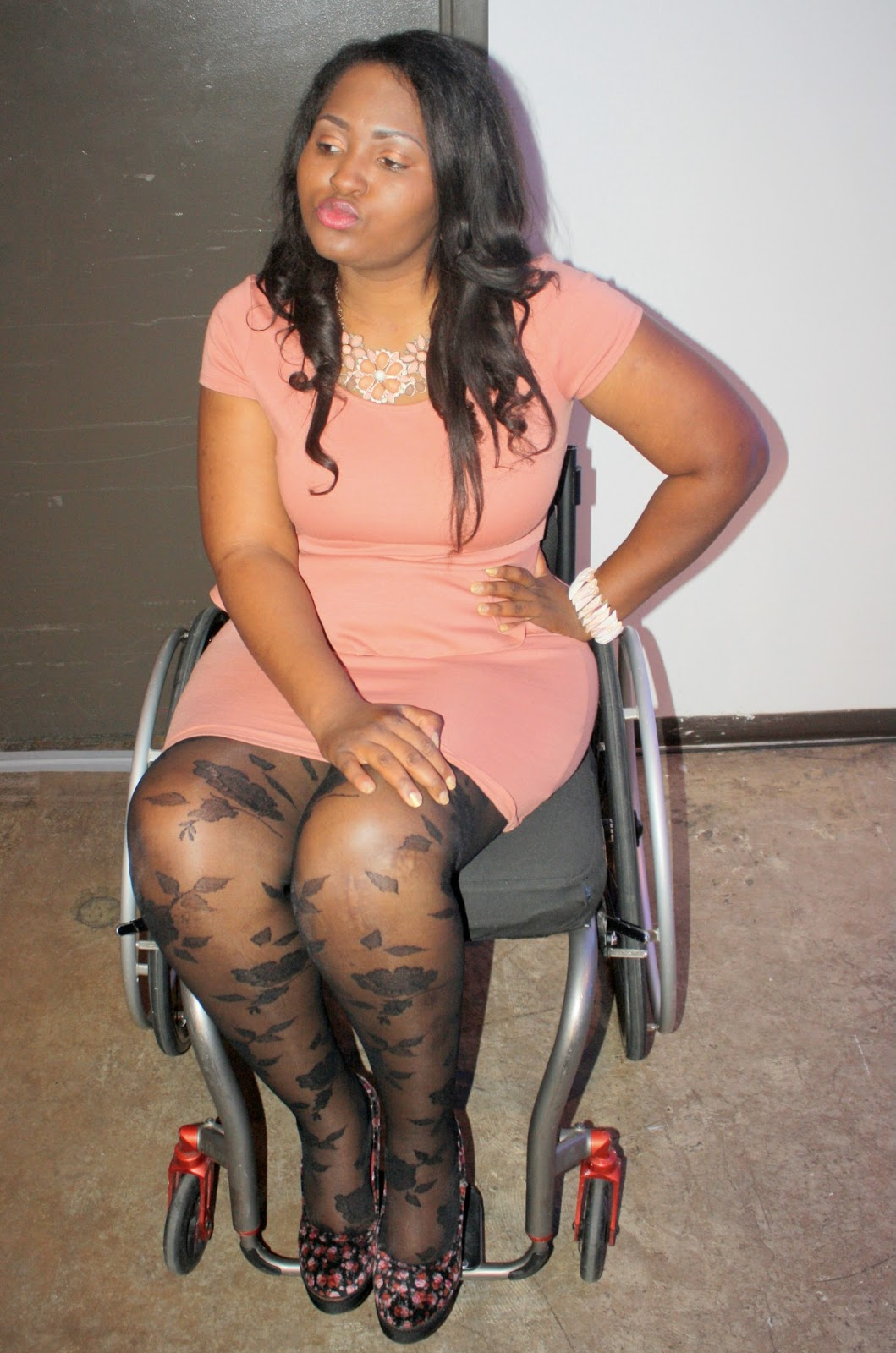 the do it yourself lady: wheelchair fashion/ootd: wearing high heels