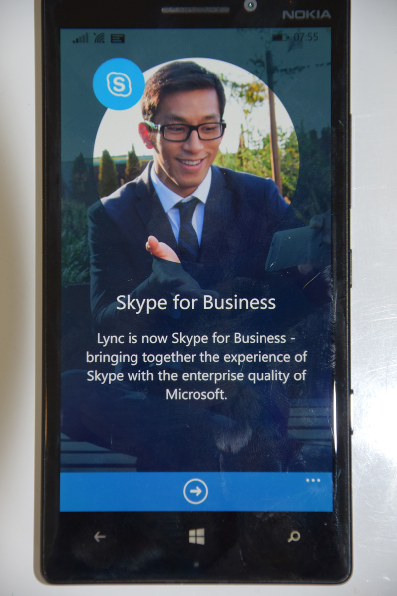 how to call a phone from skype for business