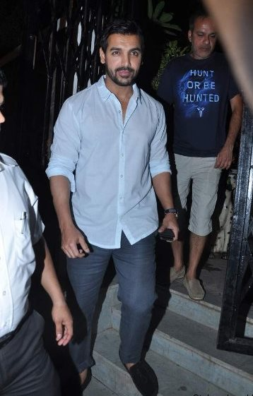 John Abraham, Saif and Kareena Kapoor at Dewan's new restaurant
