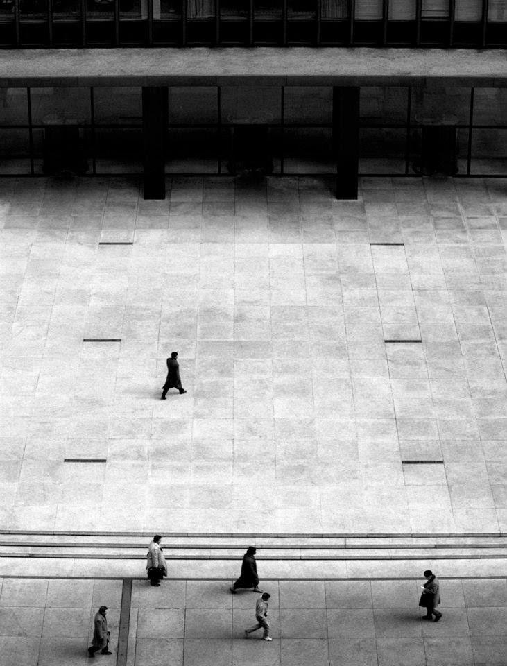 Mies+van+der+rohe,+seagram+building+plaza,+new+york+,+imagen+arkitectorialist