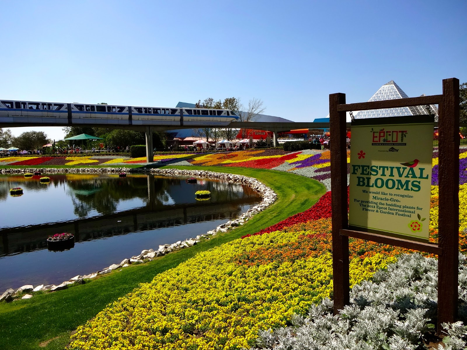 Epcot Flower and Garden Festival in Photos ~ The World of Deej