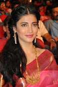 Shruti haasan new photos in saree-thumbnail-4