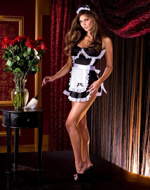 Glamour Model Kyra Milan