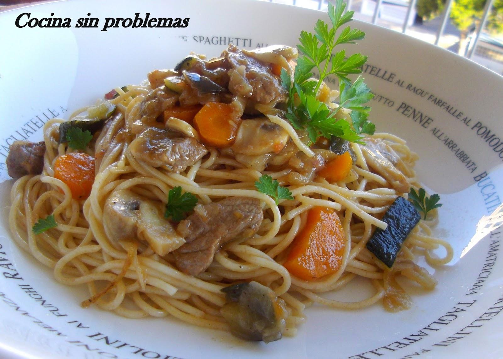 Cocina sin problemas espaguetis integrales con ternera y for Cocinar wok