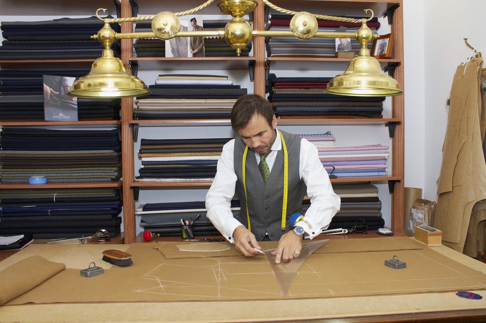 La elección de la tela junto al diseño de la prenda fue sin duda alguna la  parte más placentera de todo el proceso de confección del abrigo. ba92a8d3c09f