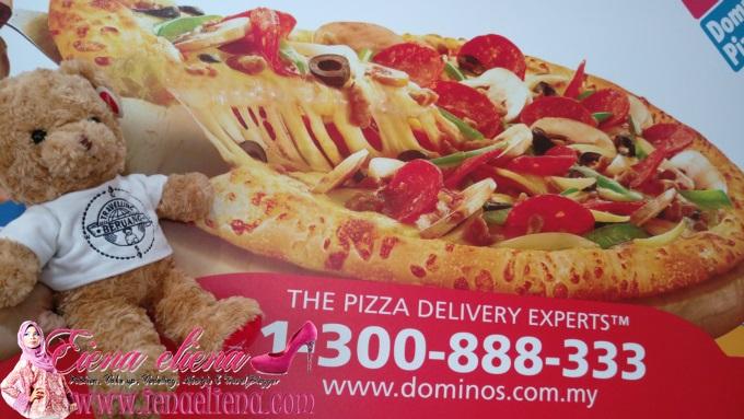 Domino's Chicken Confidential