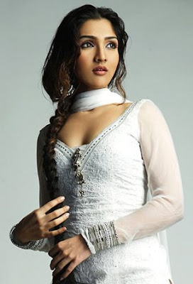 Narmmadaa Ahuja Hot Wallpapers