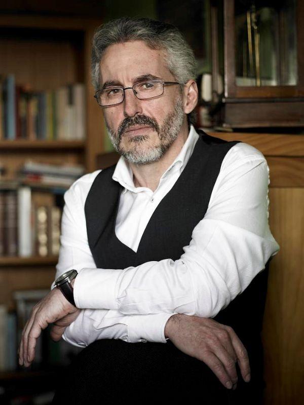Sergio Barce Gallardo poeta y escritor español