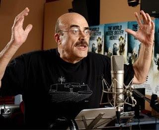Romero en el estudio de doblaje