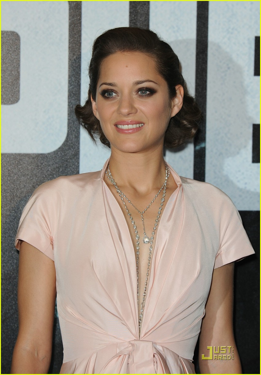 See the latest Jewellery worn by famous people: Marion Cotillard ...