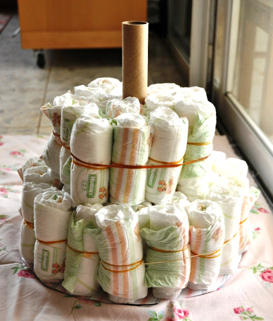 Diaper Cake Tutorial @ The Crafeteria