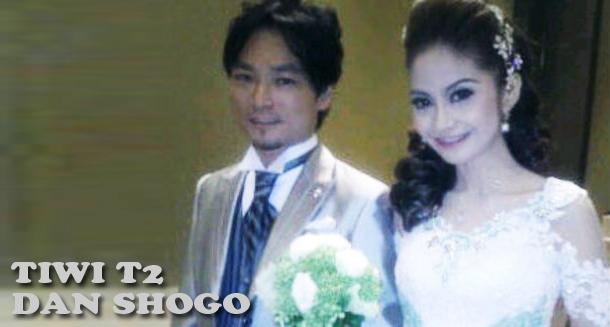 Foto Pernikahan Tiwi T2 dengan Shogo