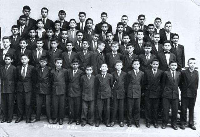 PROMOCION PRIMER AÑO DE SECUNDARIA 1960-1961