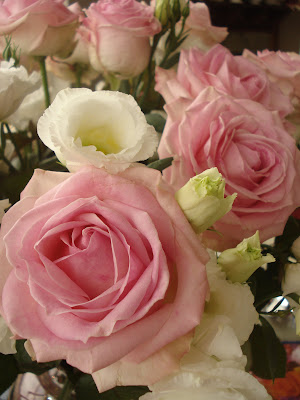 gefeliciteerd met jullie moeders verjaardag