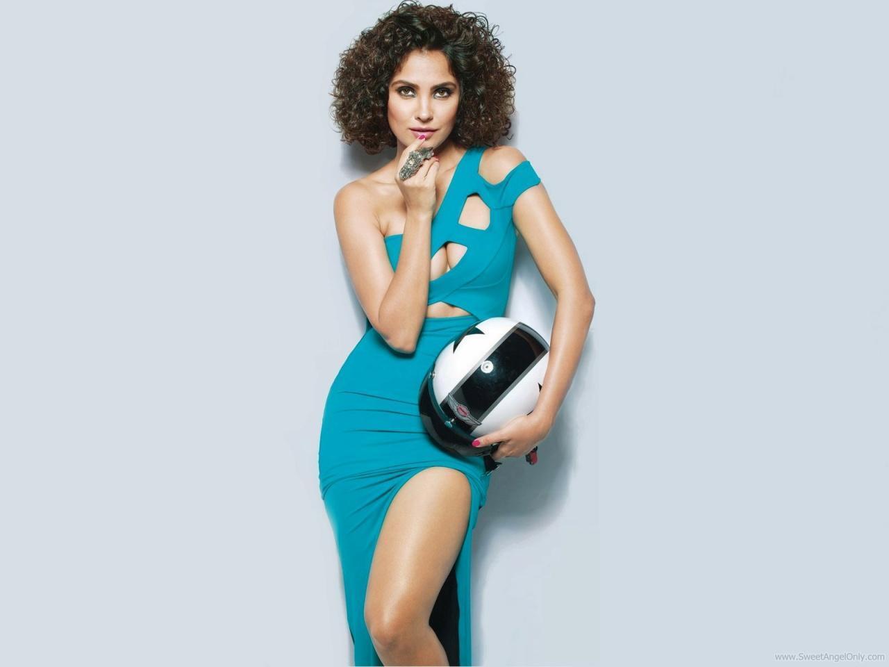 Booty Me Now: Lara Dutta Wallpapers-Don 2 Nicole Scherzinger Biography
