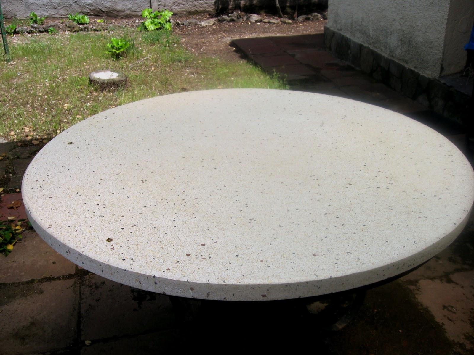 Mesas de piedra para jardin mesas de piedra para exterior foto la raz del rbol de piedra mesa - Mesas de piedra para exterior ...