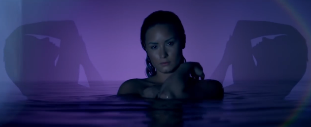 video oficial cancion neon lights demi lovato