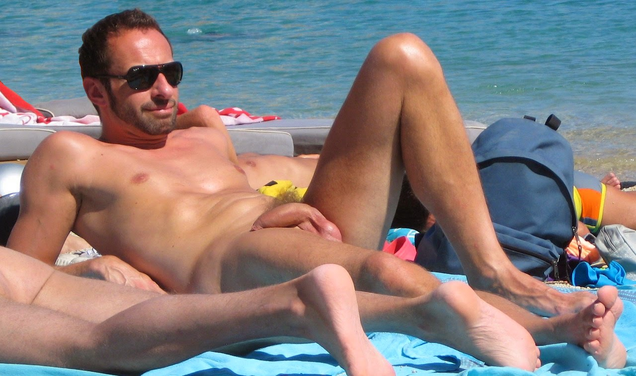 beach-dick-nude-male