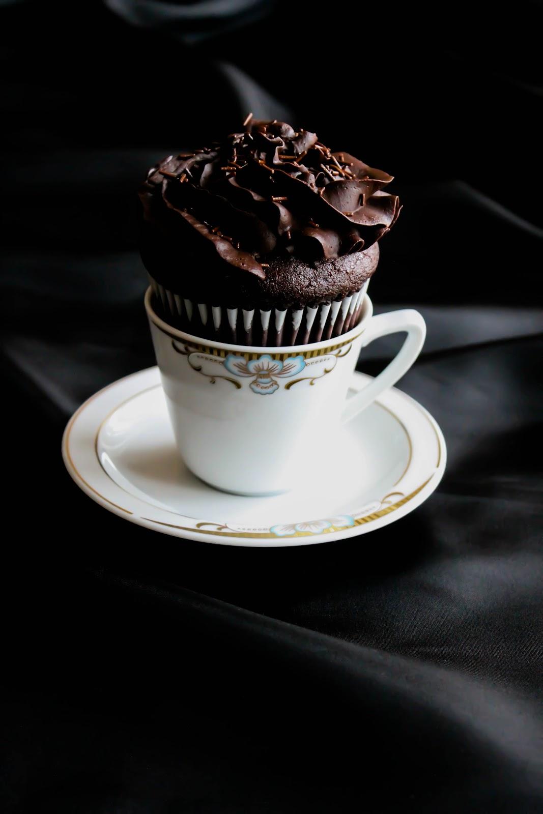 Mela e Cannella: Espresso Chocolate cupcakes