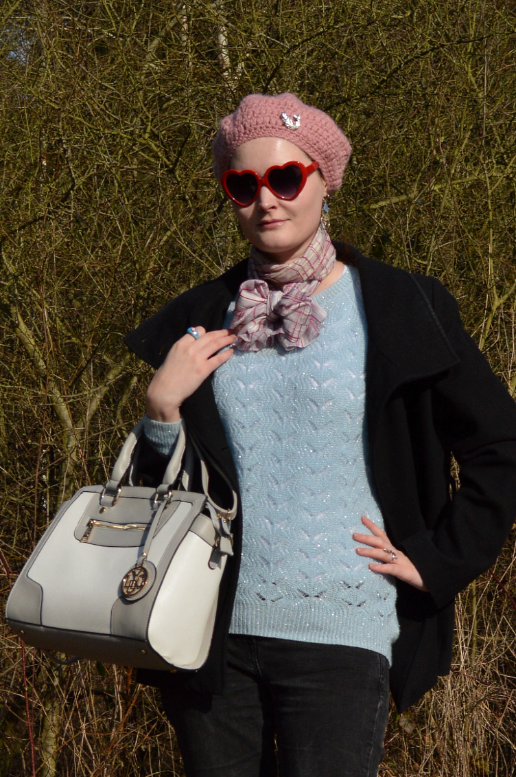 outfit, ootd,Georgiana Quaint, quaintrelle, LYDC bag, Dr Martens, boots, polka dot, Pimkie, coat, blask, pastels, blue, New Yorkes, sweater, pullover, sweatshirt, crochet, cardigan, knitting, beret, pink, heart shaped glasses, jeans