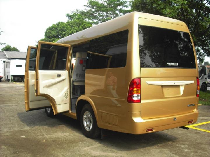 Microbus ISUZU ELF NHR-55 C/O Karoseri ADI PUTRO