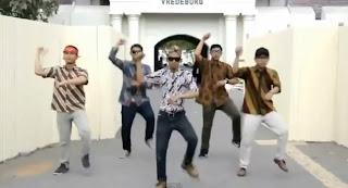 Video Gangnam Style Versi Jawa