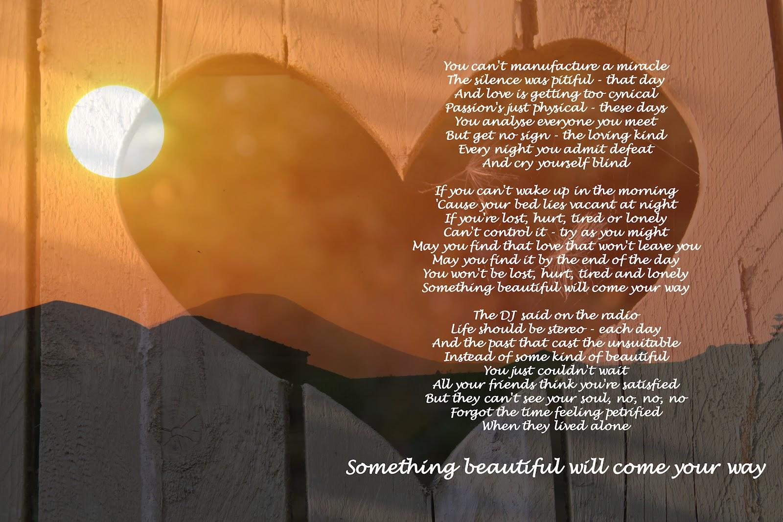 Something Beautiful from Alexi Murdoch lyrics - AlLyrics.net