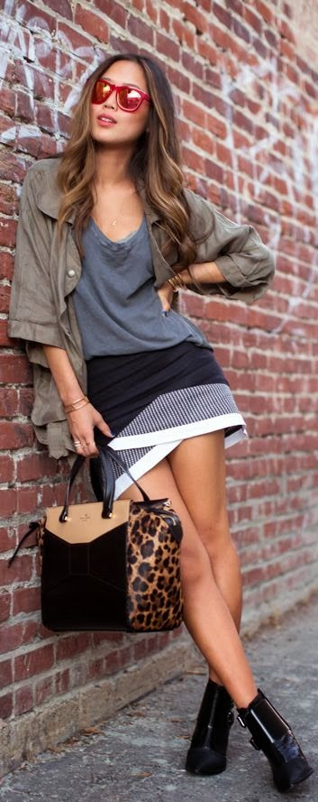 Perfect Mini Skirt And Leopard Bag