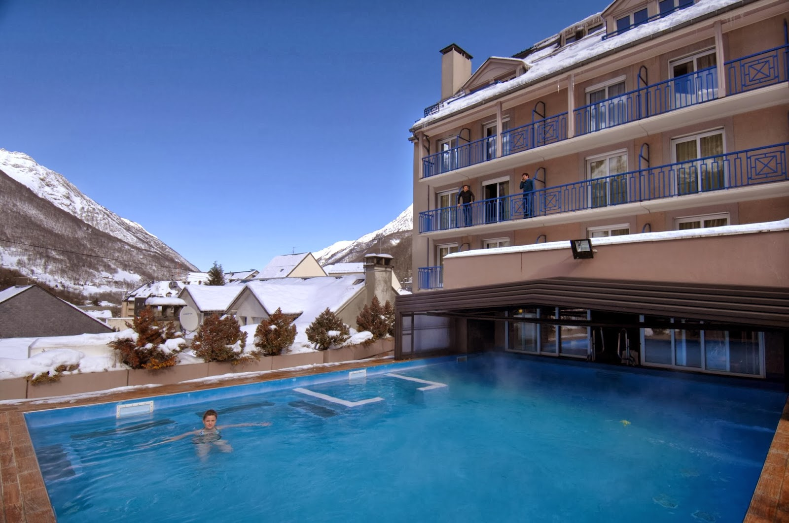 Outdoor Heated Swimming Pool at Balneo Aladin, self catered accommodation Cauterets