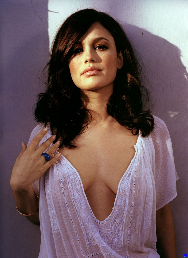 Super Hollywood: Rachel Bilson Hot Photoes And Pictures Gallery 2012