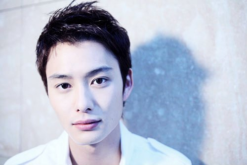 10 Aktor Jepang Tertampan!! 7353-08nu4gaki7