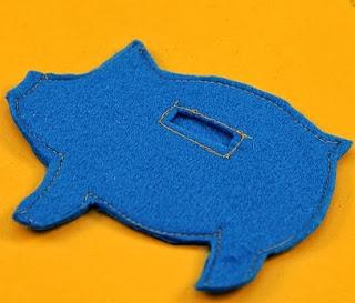 http://lasmanualidades.imujer.com/5615/simpatico-cerdo-alcancia-en-pocos-pasos