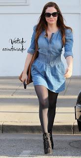 modelo de vestido jeans com meia fina e bota - dicas e fotos