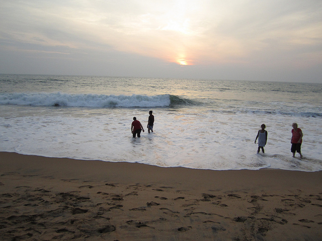 Beach Kovalam : book tour of Kovalam