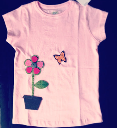 camiseta infantil fieltro flor