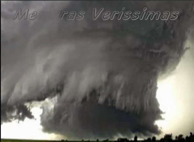 Imagem de um ciclone que, dependendo da região, é conhecido, também, por furacão ou tufão.