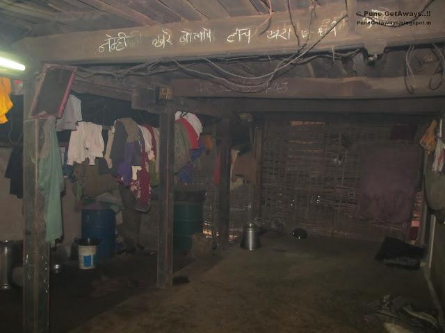 Pune Getaways .:. Raireshwar Kenjalgad Trek