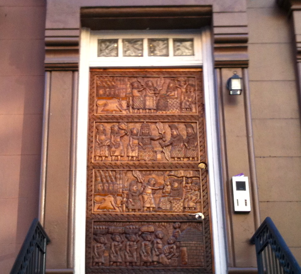 H A R L E M B E S P O K E Bespoke Brownstone Doors Old New