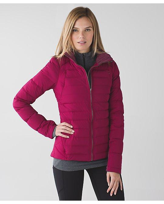 lululemon fluffed-up-jacket berry-rumble