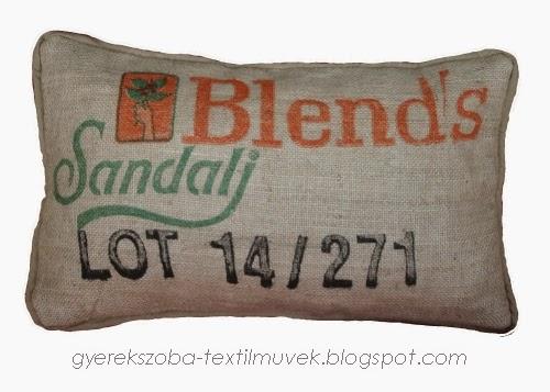 http://gyerekszoba-textilmuvek.blogspot.hu/2014/11/kaveszsak-parna-kzs-4-termek-neve.html