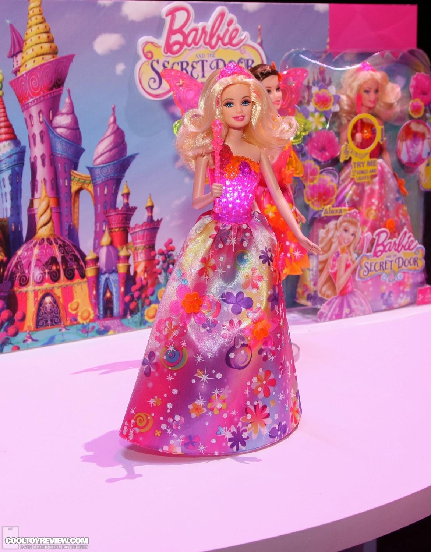 Agora vamos ver uma parte da coleção de bonecas do filme Barbie The  #AD1EA3 1171x1500 Banheiro Da Barbie Lojas Americanas
