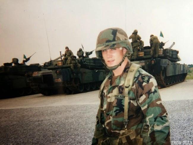 Greg Plitt serviu as Forças Armadas dos EUA - Foto: Per Bernal