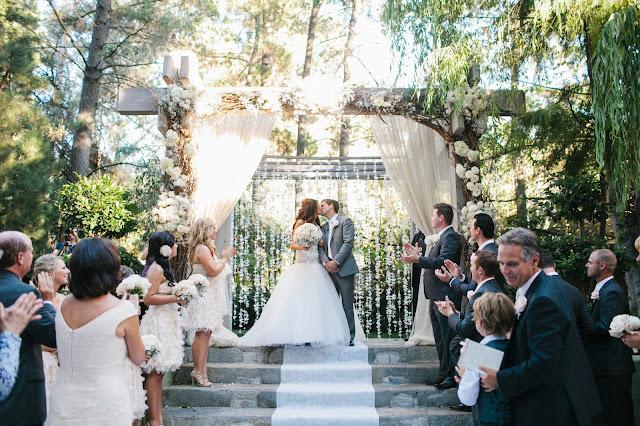 dreamy-romantic-wedding-ceremony