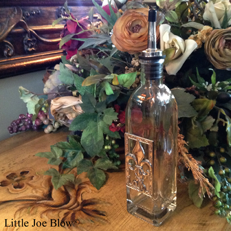fleur de lis oil bottle by ganz sold by little joe blow photo 3
