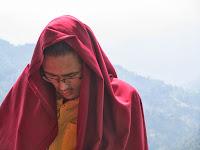 http://viajandocomounapluma.blogspot.com.es/2013/12/namo-buddha-monastery-la-leyenda-de-la.html