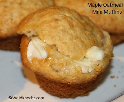 Maple Oatmeal Mini Muffins #Recipe ~ Planet Weidknecht