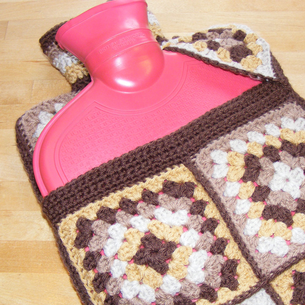 Sooz Jewels: Hot water bottle cover pattern featuring flip top